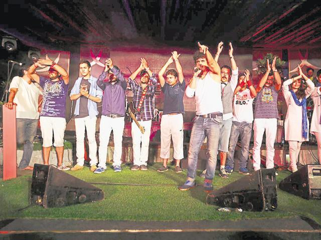 Euphoria, which completed 17 years, will perform some of their popular numbers — Dhoom Pichuk, Maaee Ri, and Meri Gali — on Friday evening at DLF Cyber Hub.