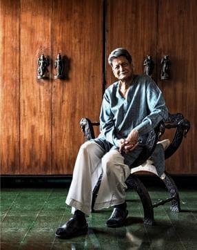Author Kiran Nagarkar at his house in Breach Candy, Mumbai