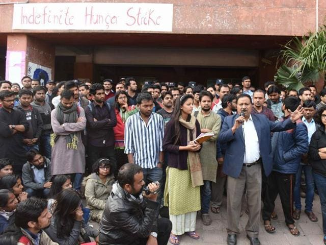 JNUSA vice president Shehla Rashid speaks to a student gathering in front of Admin Building in New Delhi.