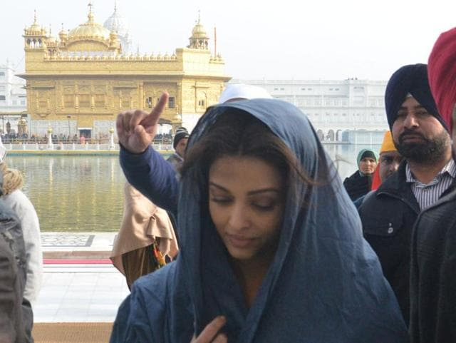 Unruly scenes were witnessed during the shooting of 'Sarbjit', a biopic on Indian prisoner Sarbjit Singh, during a shoot at the Golden Temple recently.