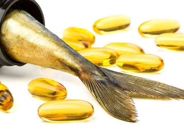 Experts say that consuming fish oils in the form of pills is not the same as eating fish.
