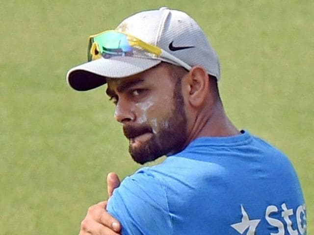 Virat Kohli was also seen getting some tips from former India captain and Cricket Association of Bengal president Sourabv Ganguly.