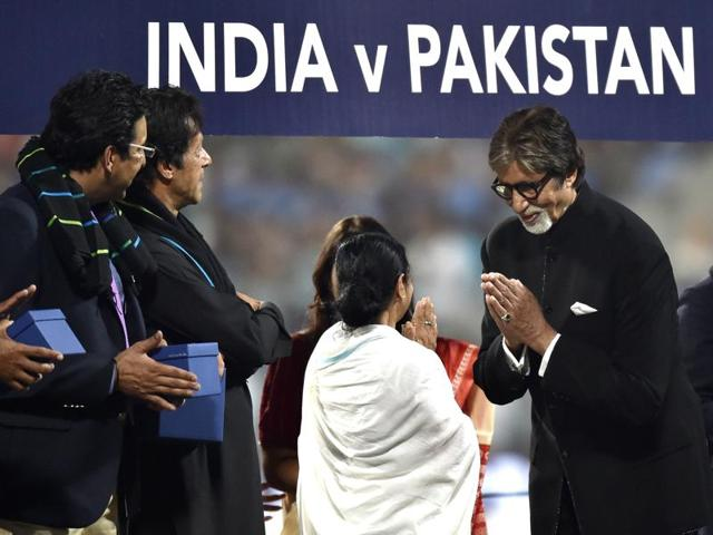 Sachin Tendulkar, Virendra Sehwag, Bollywood superstar Amitabh Bachchan, Pakistan players Imran khan, Wasim Akram and Waqar Younis, felicitated by West Bengal Chief Minister Mamata Banerjee ahead of mega India Pakistan ICC World Twenty20 match at Eden Gardens stadium in Kolkata on Saturday, March 19, 2016.