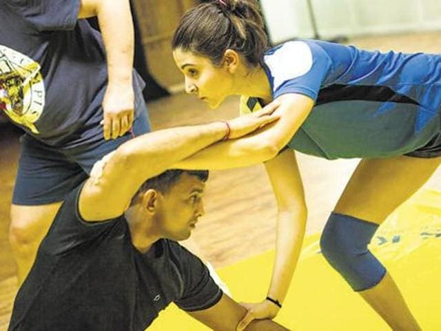 Anushka Sharma trained in wrestling for sultan. (Twitter)