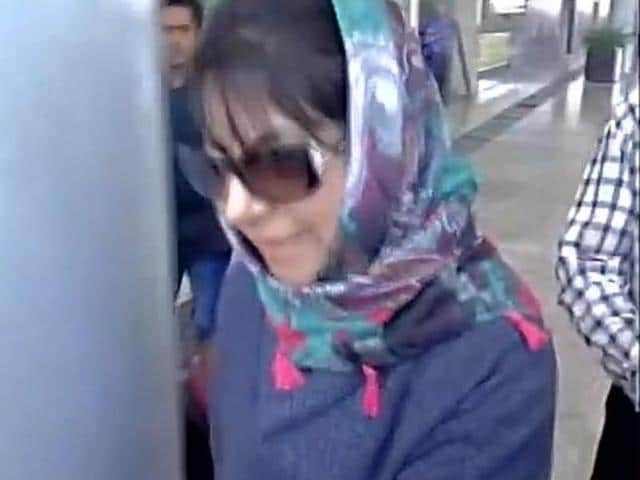 Hopes of government formation in J-K renewed after Peoples Democratic Party (PDP) chief Mehbooba Mufti (right) arrived in New Delhi.