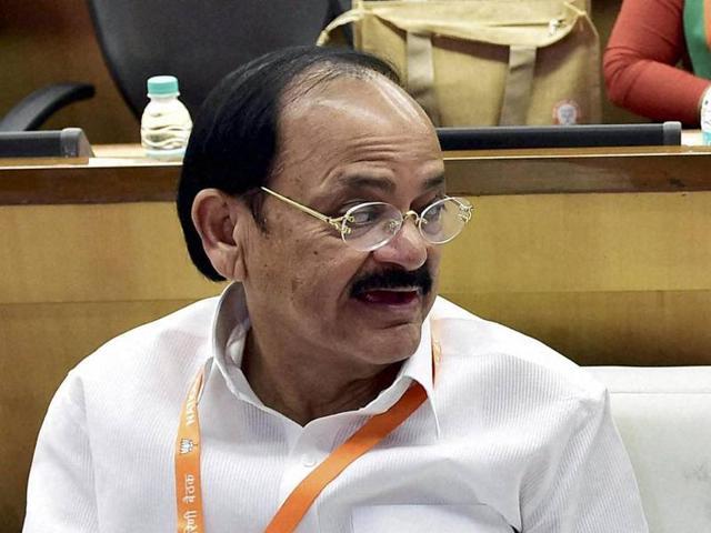 Congress,Venkaiah Naidu,Narendra Modi