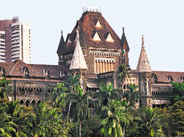 The Bombay high court admitted a petition filed by a Muslim body questioning a Mumbai Police circular.
