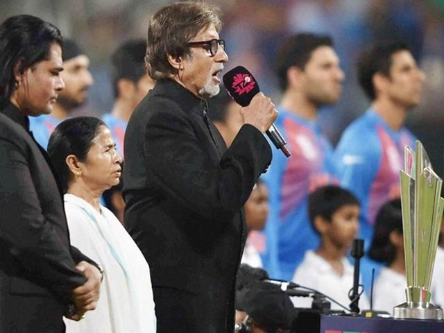 Amitabh Bachchan sang the national anthem at Eden Gardens in Kolkata before the India-Pak match. (Twitter)