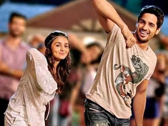 Alia,Sidharth in a still from Kapoor & Sons. (YouTube)