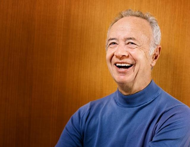 Andy Grove, the Silicon Valley elder statesman who made Intel into the world's top chipmaker and helped usher in the personal computer age, died on Tuesday at age 79, Intel said.