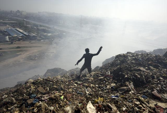Methane trapped beneath makes Ghazipur landfill a ticking time bomb