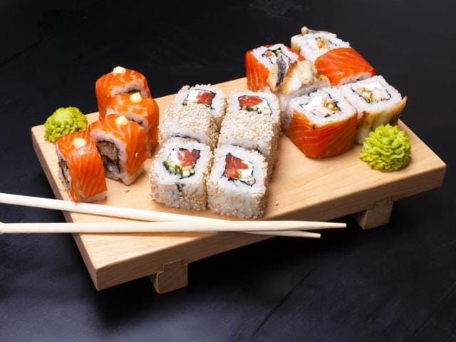 According to a new study, close adherence to Japanese diet can reduce the risk of death from all causes.