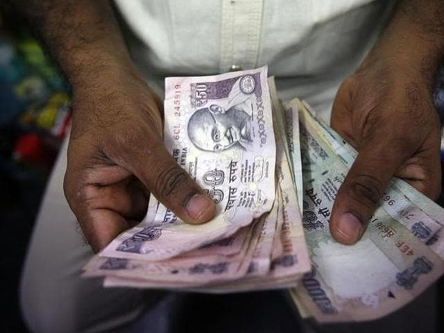 The latest hike will raise the dearness allowance from 119% to 125% of the basic salary.