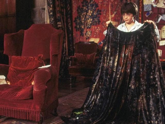 """British troops are testing a Harry Potter-style """"invisibility cloak"""" in the US that allows them to hide from the enemy."""
