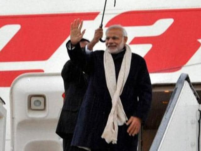 The Air India One crew, the official aircraft of the PM, President and Vice-President, will wear khadi and silk outfits to promote the indigenous fabric.