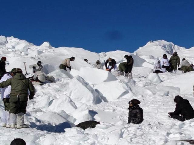 Avalanche in Ladakh