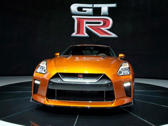 The 2017 Nissan GT-R sits on display during the media preview of the 2016 New York International Auto Show in Manhattan, New York March 23, 2016. REUTERS/Eduardo Munoz