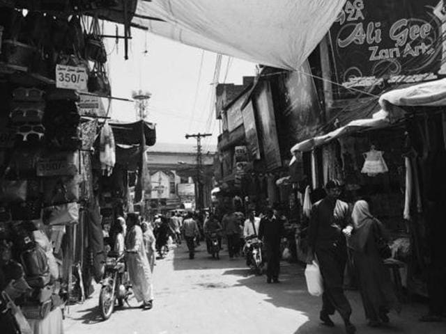 Lahore is not just about terror attacks, growing religious fundamentalism, gender segregation and Taliban militants. It is a lot more about food, fashion and nightlife, a fact unknown to many.(Instagram)
