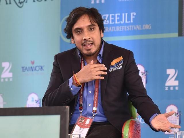 As Shashi Tharoor's son, expectations from Kanishk Tharoor are naturally high. Seen here, Kanishk speaks the Jaipur Literature Festival 2016.(Sanjeev Verma/HT Photo)