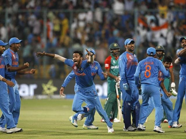Former Pakistan spinner Tauseef Ahmed says the ICC anti-corruption and security unit need to probe the World T20 match between India and Bangladesh since the result looks suspicious.