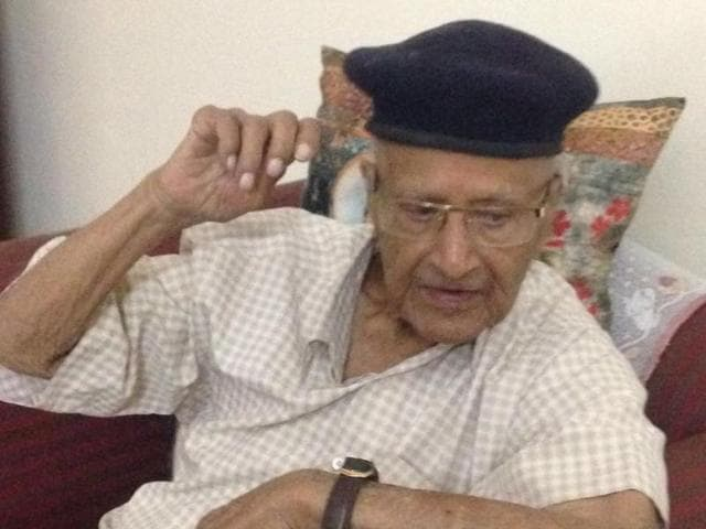 While Thakur Narayan Singh supports change, what saddens the centenarian is the way Indore has evolved.