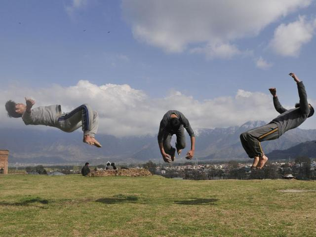 How French sport Parkour started trending in Kashmir