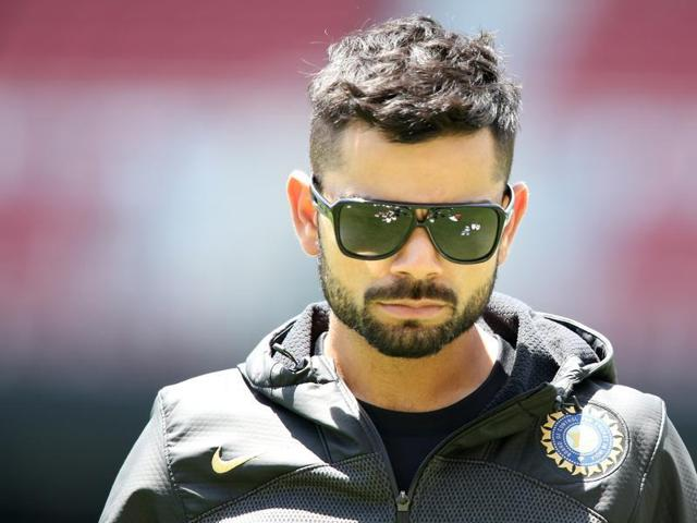 Brand Virat overtakes Dhoni in per day endorsement fees