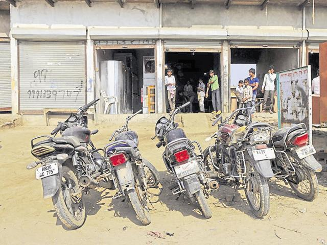 A 'brand new bike' can be bought for Rs 8,000 to Rs 10,000 in Luhingakalan village, say residents.
