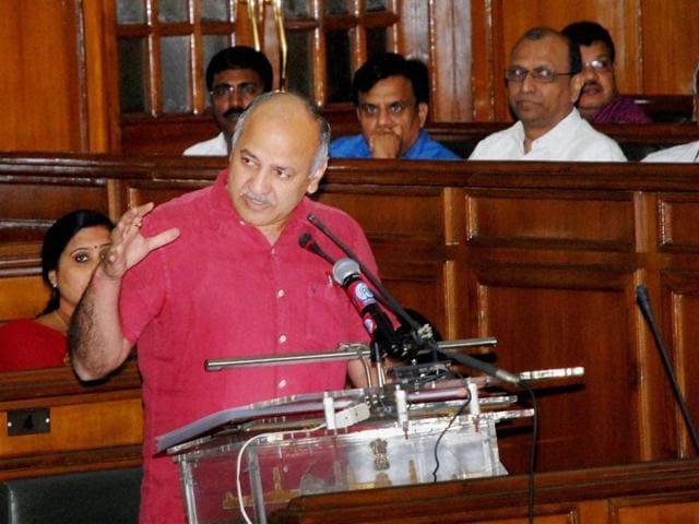 Sisodia quotes Gandhi, Roosevelt to target Centre - delhi