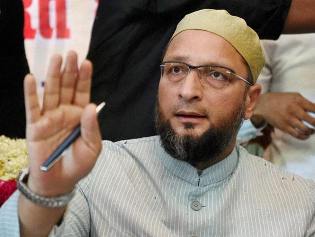AIMIM president Asaduddin Owaisi interacts with journalists in Lucknow.