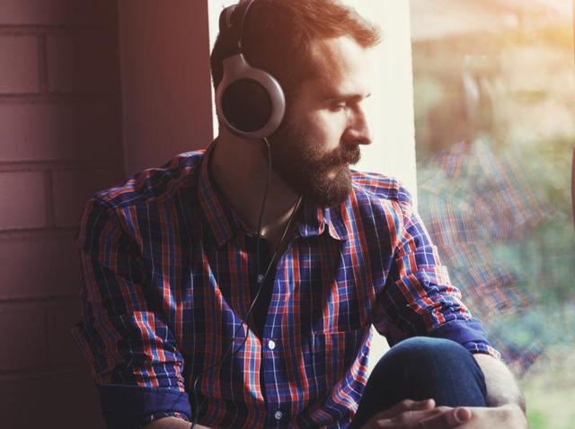 Though people enjoy happy music more, they turn to sadder, more emotional tracks at times of crisis, finds a new study.