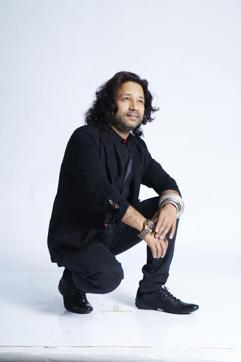 Singer Kailash Kher was pleasantly surprised after Amitabh Bachchan sent him a handwritten letter thanking Kailash.