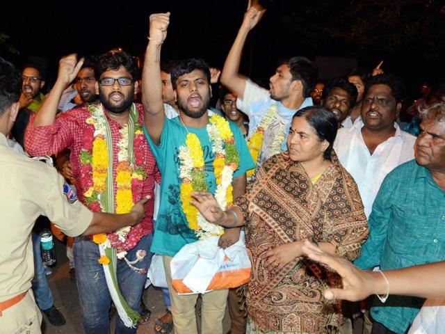 HCU students and faculty members come out of prison.