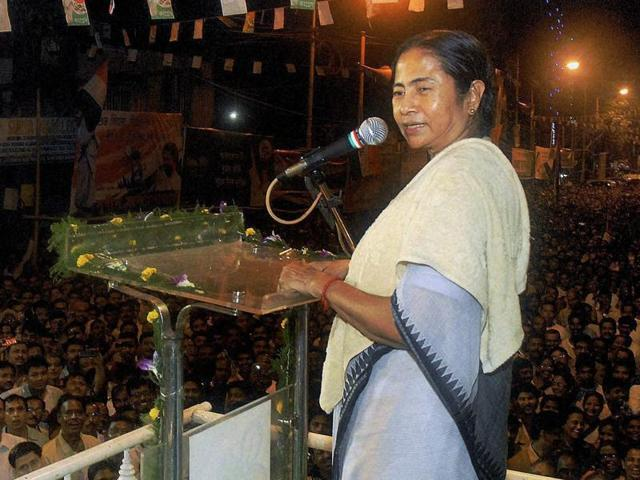 In her public rallies, chief minister Mamata Banerjee has accused the Opposition of using money from underworld kingpins to dent her party's image.(File photo)
