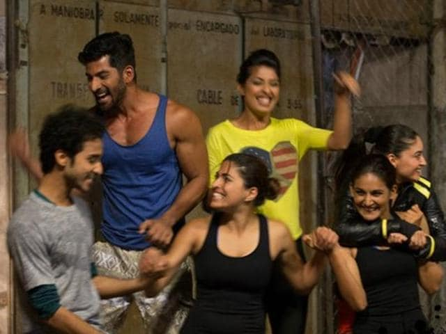Hosted by actor Arjun Kapoor and shot in Argentina, the Colors channel's stunt based reality show featured celebrities like Tanishaa Mukerji, Vivian Dsena, Raghav Juyal, Tina Dutta and Mahhi Vij this season.