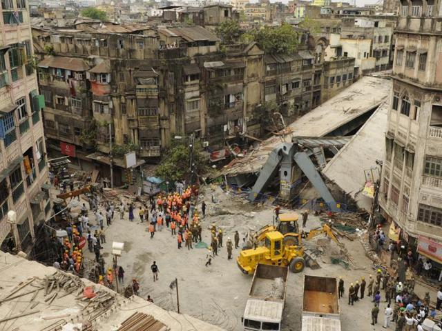 Trinamool Congress legislator Sudip Bandyopadhyay on Friday said he knew that there were design flaws in the flyover in Kolkata that collapsed, killing 24 people and injuring at least 90, and that he told the Mamata Banerjee government about it.(Hindustan Times)