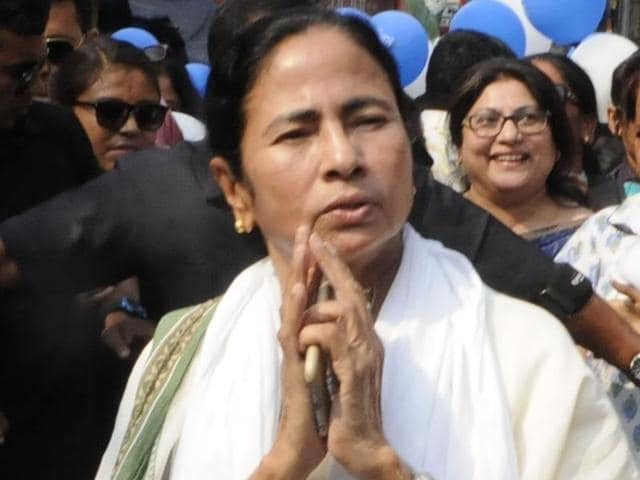 The BJP upped the ante against Trinamool Congress, and demanded a CBI probe saying ruling party leaders and their kin were involved as sub-contractors in building the flyover.