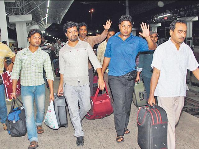 Indians evacuated from Yemen arrive at Kolkata's Howrah Station.