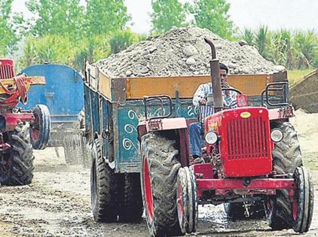 """""""The tax per trip will be Rs 4,000 for tractor-trailers, Rs 7,000 for ordinary trucks (up to 9 metric tonne load capacity); and Rs 10,000 for any other big vehicle,"""" claimed Mann, adding: """"The government's decision is going to make construction material very expensive in the state."""""""
