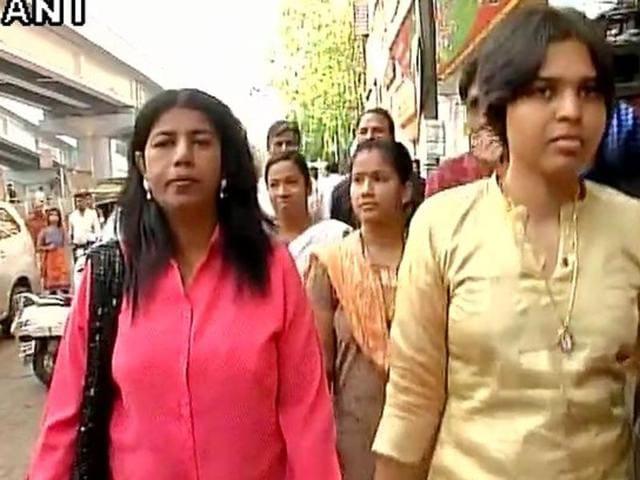 Women activists, led by Trupti Desai (Right) set off for the Shani Shingnapur temple in Maharashtra on April 2, 2016.