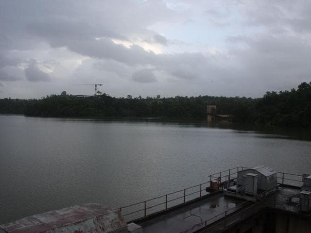 Modak Sagar lake caters to 12.5% of the city's water needs.