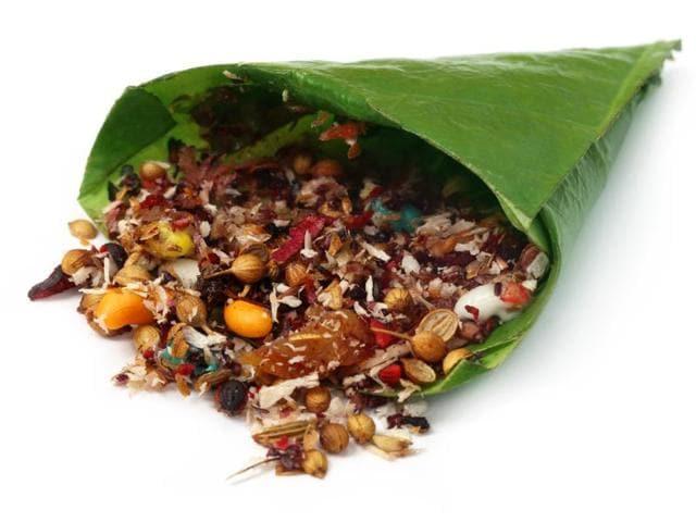 Britain,betel leaf,Paan-spitting