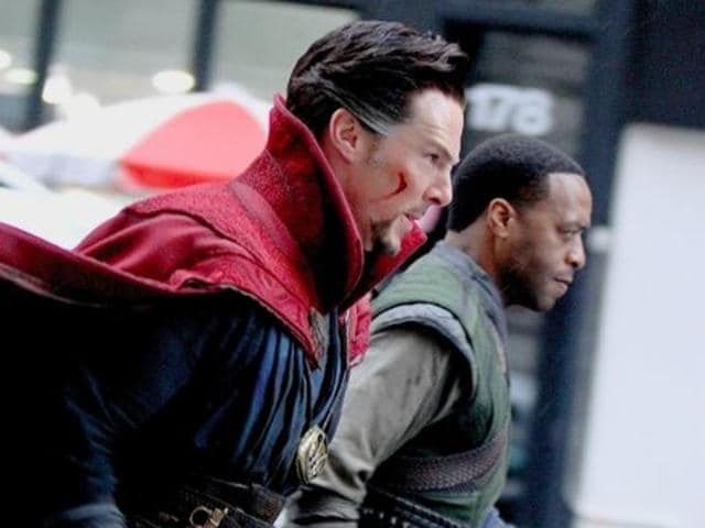 Benedict Cumberbatch and Chiwetel Ejiofor in Doctor Strange.