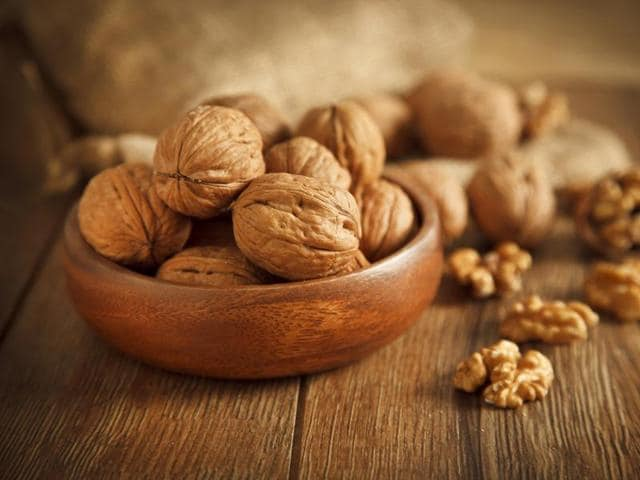 Researchers instructed 707 healthy older adults to add daily doses of walnuts (around 15% of caloric intake) to their typical diet or to consume their usual diet without nuts.