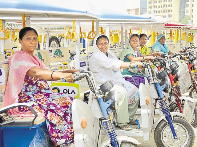 The Prime Minister is to distribute 5,100 e-rickshaws at the finance ministry's event in Sector 62 in Noida on Tuesday.