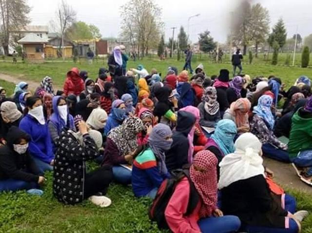 NITthreatened, police harassed us, say students  inSrinagar