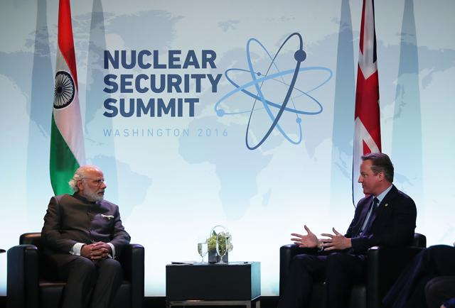 Prime Minister of the United Kingdom David Cameron (R) meets with Indian Prime Minister Narendra Modi (L) during the 2016 Nuclear Security Summit.