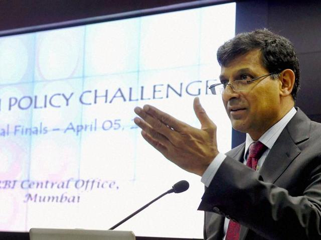 RBI governor Raghuram Rajan felicitates the finalist of the 'RBI Policy Challenge' at RBI Headquarters in Mumbai on Tuesday.