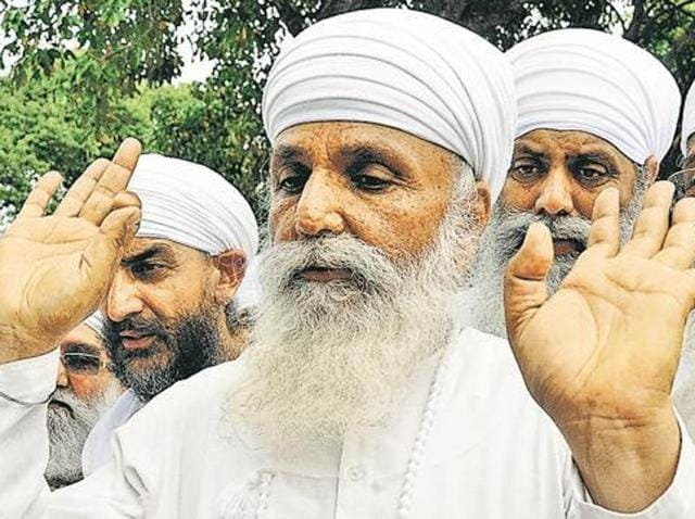 As per a copy of the chargesheet procured by Hindustan Times, Jagmohan Singh of Gadaipur, Harbhej Singh of Sirsa and Hardeep Singh of Bholath, who have already been arrested, had hatched the plan along with Palwinder Singh of Delhi besides Mehanga Singh and Rattan Singh of Sirsa, against whom look out circular has been issued.