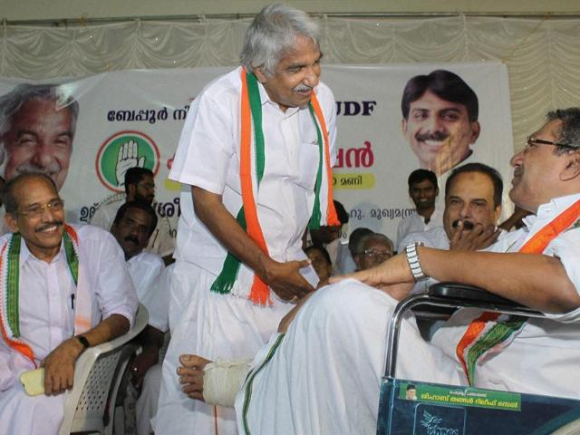 Kerala CM Oommen Chandy with other Congress leaders during the inauguration of party's election campaign at Cheruvannur in Kozhikode on Thursday.